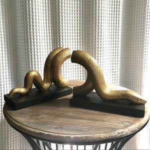 SAGEBROOK HOME Gold & Black Snake Serpent Bookends